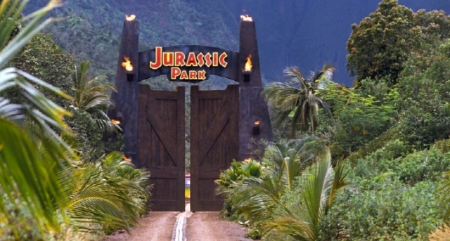 small_jurrassicpark02