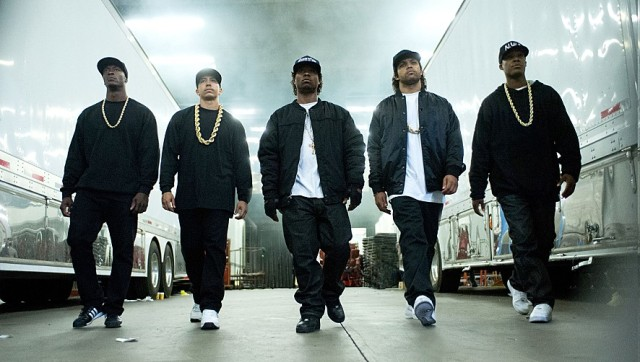straightouttacompton01